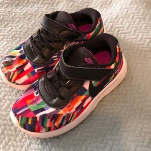 EUC colorful Nike shoes